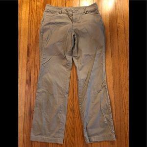 Dockers Kahki Slacks Pants Size 12 Medium